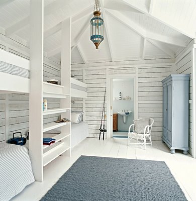 Grown up bunk rooms gretha scholtz for 4 bunk beds in a room